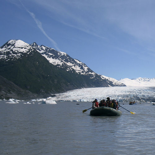Alaska - Spencer Glacier and lake: rafting for the family.
