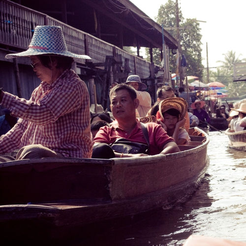 Thailand - Visit The Amphora Floating Market By The Mae Khlong (Mekong) River