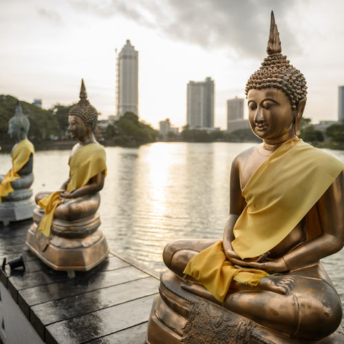 Sri Lanka - The Colourful History of Colombo With a prominent Historian