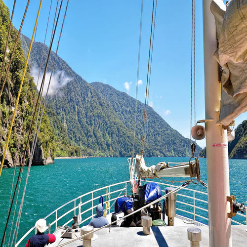 New Zealand - Sail through Milford Sound