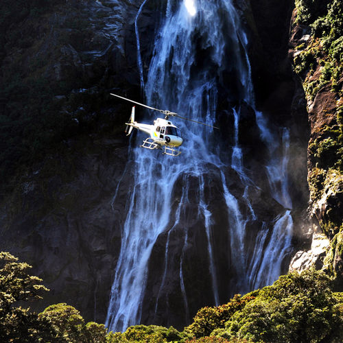 New Zealand - Get a Birdseye-View of the Fiordlands by private chopper