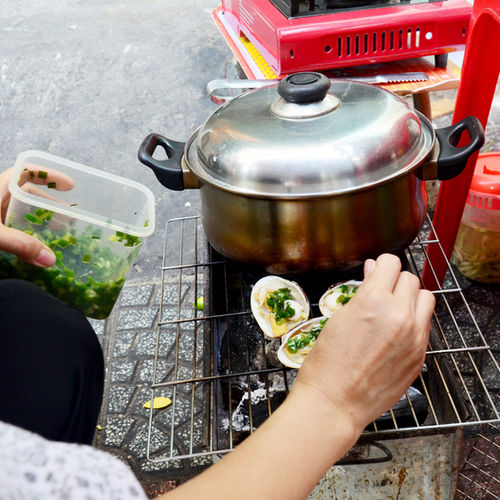 Vietnam - Saigon's delicious street food: a private tour