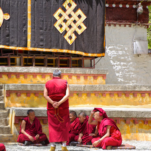 Tibet - Sera Monastery - Witness The Debating Monks