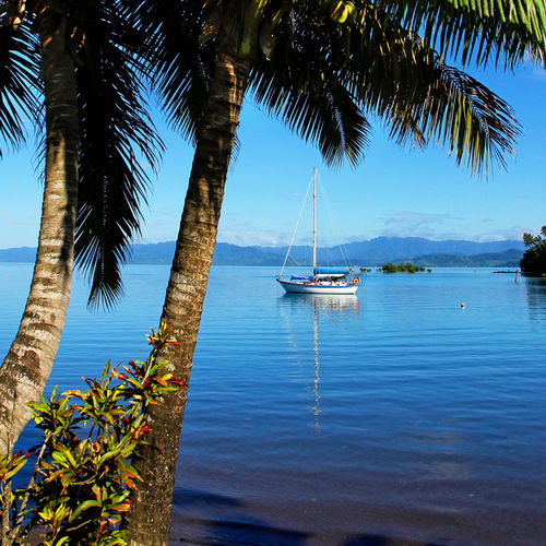Fiji - Vanua Levu:Village life and spectacular diving